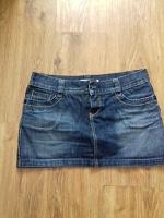 Отдается в дар Джинсовая юбка очень мини р-р 46-48