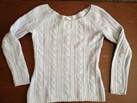 Отдается в дар Голубой свитер, 40 росс.размер