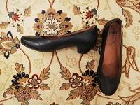 Отдается в дар черные туфли