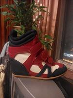 Отдается в дар Сапоги кроссовки 39 размер