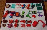 Отдается в дар Киндер — запчасти и игрушки