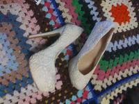 Отдается в дар Еще одни туфли для торжества.