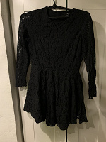 Отдается в дар Чёрное кружевное платье H&M 42-44 р-р