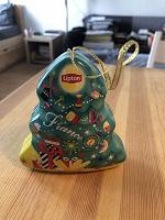 Отдается в дар Елочная игрушка «Липтон»