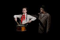 Отдается в дар Спектакль «Судьба барабанщика» для детей и взрослых.Театр Эрмитаж.Бесплатно!