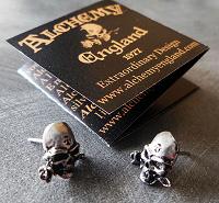 Отдается в дар Серьги-пусеты Alchemy Gothic