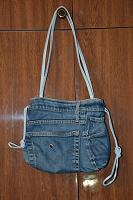 Отдается в дар Джинсовая сумочка для девочки 7 — 10 лет
