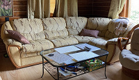 Отдается в дар большой угловой диван