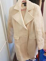 Отдается в дар Пальто женское, белое, р-р: М
