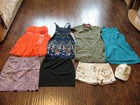 Отдается в дар Одежда девушкам, часть 1