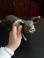 Отдается в дар Декоративная фигура Свинья