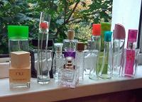 Отдается в дар Флаконы от парфюмов.