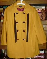 Отдается в дар Демисезонное пальто ~ 46 размер