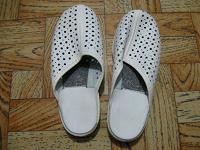 Отдается в дар Обувь женская, размер 36.