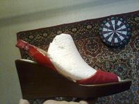 Отдается в дар Летняя обувь фирмы D,ORO