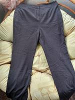 Отдается в дар Серые классические брюки р.50