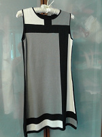 Отдается в дар Платье 42 р, трикотаж хб. плотный, б\у, в идеальном состоянии.