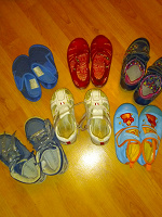Отдается в дар Пакет обуви для девочки 26размер