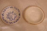 Отдается в дар 2 тарелки разные