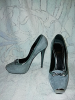 Отдается в дар Туфли женские 38 размера Nando Muzi