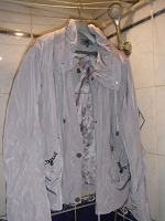 Отдается в дар Куртка-ветровка женская