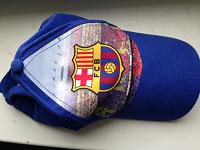 Отдается в дар кепка детская с лого футбольного клуба Барселона
