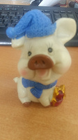 Отдается в дар Фигурка свинка новогодняя