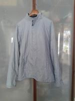 Отдается в дар Куртка-ветровка мужская тонкая на подкладке из флиса, утеплена тонким синтепоном 52-54 на рост 185-190 см