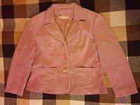 Отдается в дар Вельветовый пиджак 50 размер