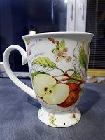Отдается в дар Одинокая яблоневая кружка