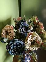 Отдается в дар Искусственные цветы — пионовидные розы
