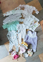 Отдается в дар Одежда для девочки от рождения месяцев до 3-х
