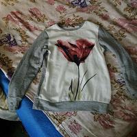 Отдается в дар Кофта с тюльпаном 40-42 размера