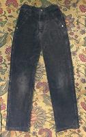 Отдается в дар Утеплённые вельветовые брюки рост 140 см.