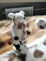Отдается в дар Фигурка мышь на лыжах