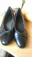 Отдается в дар Черная пара женской обуви 38 размер
