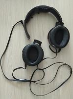 Отдается в дар Наушники Sony звук отличный.требуют ремонта