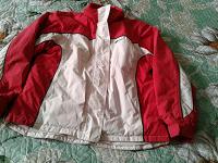 Отдается в дар Куртка 50 размер женская для дачи