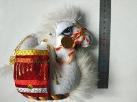 Отдается в дар грустный верблюжонок ищет новый дом