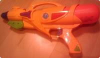 Отдается в дар Водяной пистолет крупнокалиберный