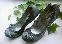 Отдается в дар туфли вечерние