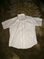 Отдается в дар Белая рубашка, 34 размер.