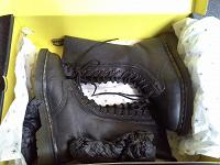 Отдается в дар Женские ботинки Dr.Martens