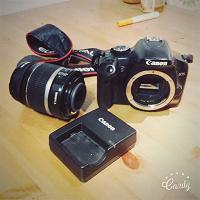 Отдается в дар Фотоаппарат canon 450 d 18-55 (на детали)
