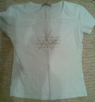 Отдается в дар Женская футболка. р-р 44