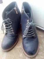 Отдается в дар Демисезонная обувь