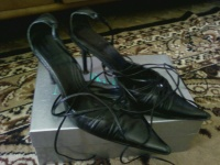 Отдается в дар туфли 37 на шнуровке