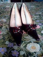 Отдается в дар туфли женские 37-38р.