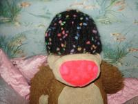 Отдается в дар шапка женская, вязанная