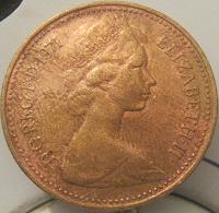 Отдается в дар 1 новый пенни Великобритании 1971 г.